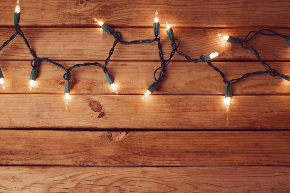 Save Money & Energy on Holiday Lighting