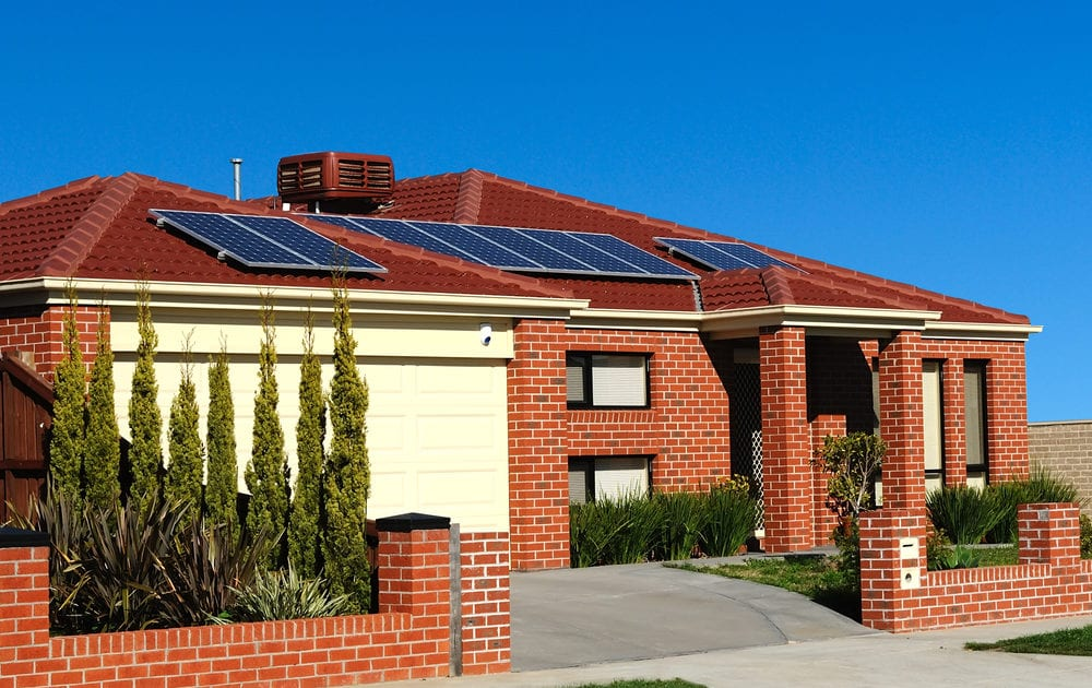 Install solar in 2019 if you want the federal tax credit